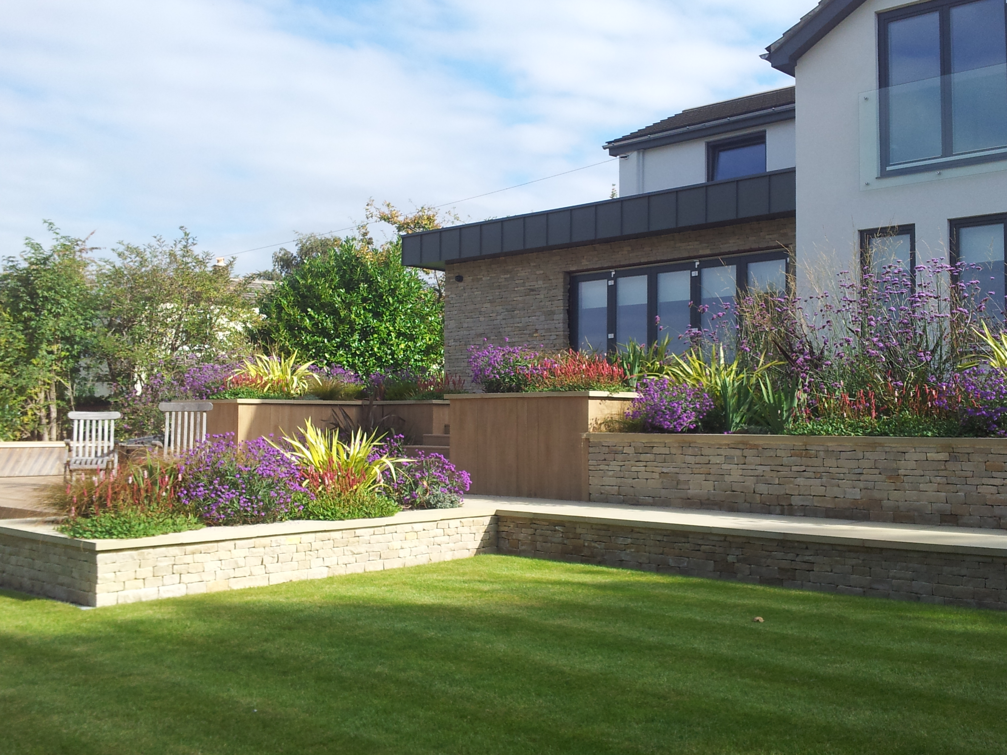 professional landscaping garden design services - Garden Design Uk